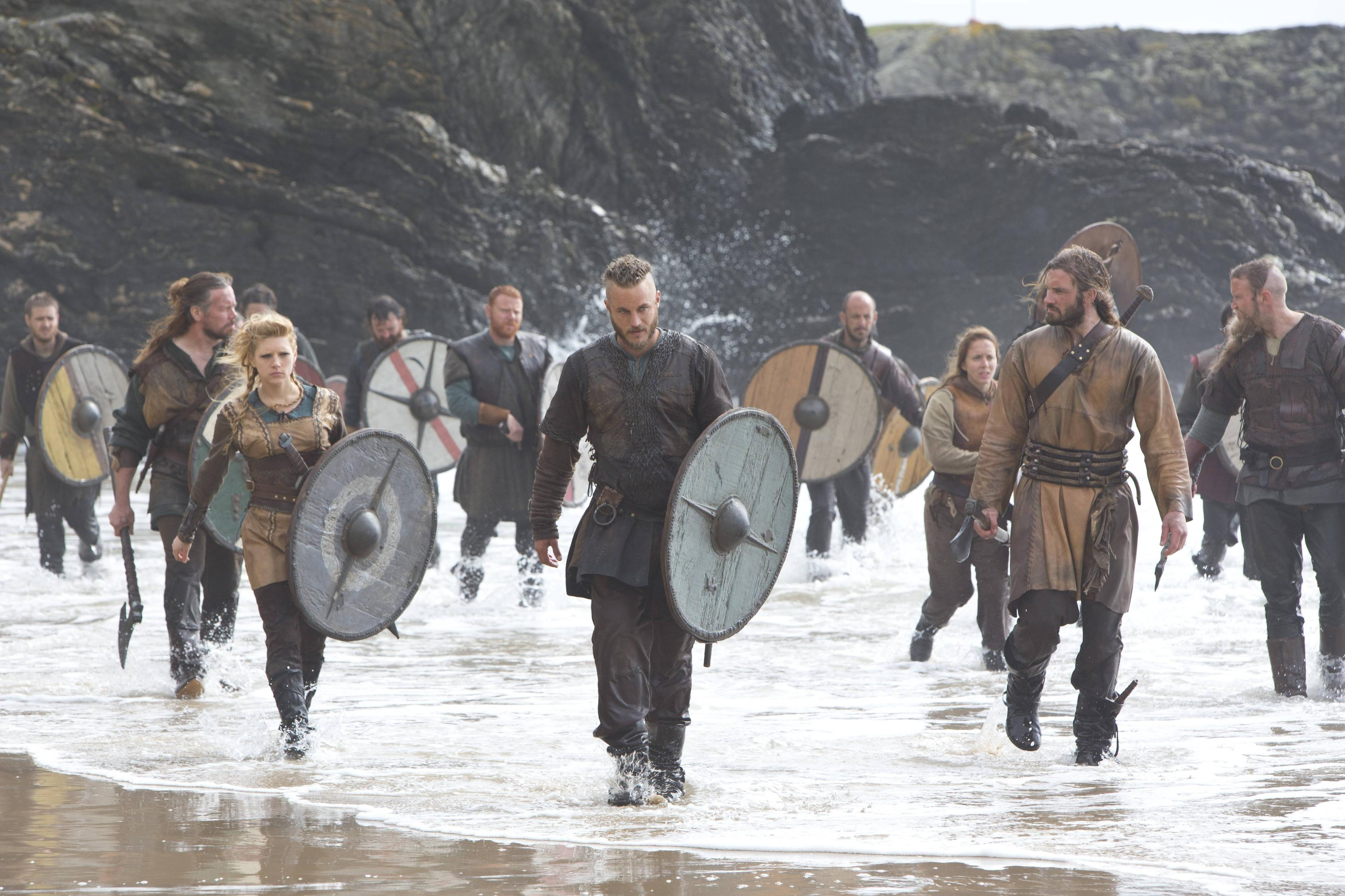 ragnar lothbrok pictures and images
