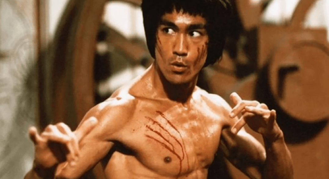Bruce Lee: See the Impressive Life of a Karate Fighter in the Cinema
